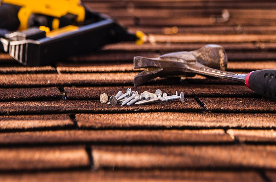 Top 3 Signs That Show That You Need To Get Your Roof Repaired